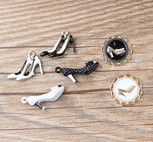 10pcs Korean Enamel Alloy Shoe High heels Pendant Rhinestone Inlaid pearls Haneda shoes Accessories Drop Oil DIY Charms XL502
