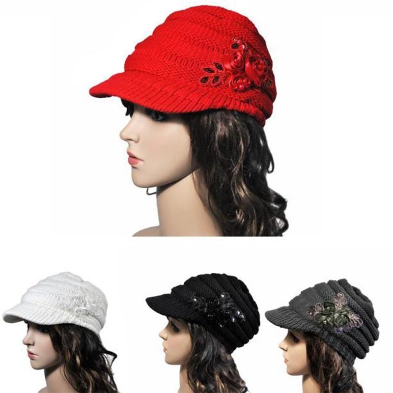 beret Ladies Korean version of the new autumn and winter ladies hat brim Sequin applique and tide kn