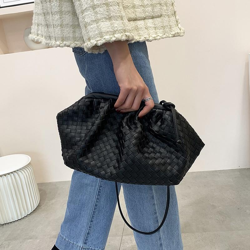Women Simple Dumplings Handbag Designer Retro Fashion Cloud Female Crossbody Shoulder Bag Tide Messenger Bag Clutch Bag