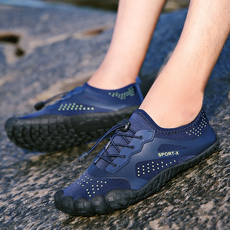 Outdoor Wading Shoes Men Upstream Aqua Shoes Summer Swimming Sport Footwear Non-Slip Breathable Five Fingers Shoes For Men Women