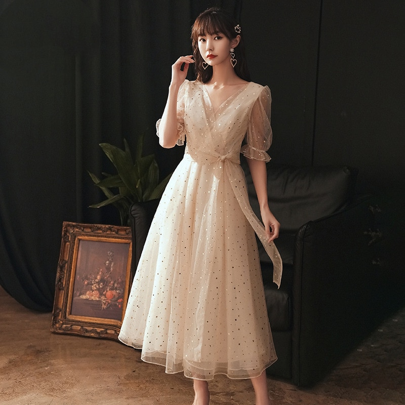 فستان سهرة أنيق ومثير للنساء ، ملابس يومية أنثوية ، لون شامبانيا ، مريح ولامع ، جديد تمامًا