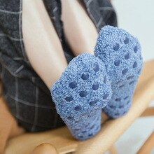 Short Anti-slip Warm Fleece Low-cut Socks Autumn Winter Cotton Cute Casual Floor Women Ankle Socks With Footprint Silicone Slip