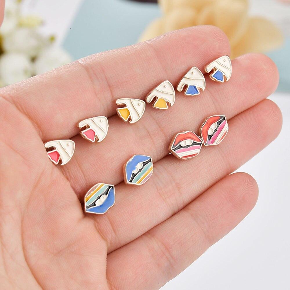 Moda Luna Rocket pendiente con forma de planetas pendientes conjuntos para mujeres niñas lindo Mini pez labio pendientes moda geométrica joyería para las orejas regalo