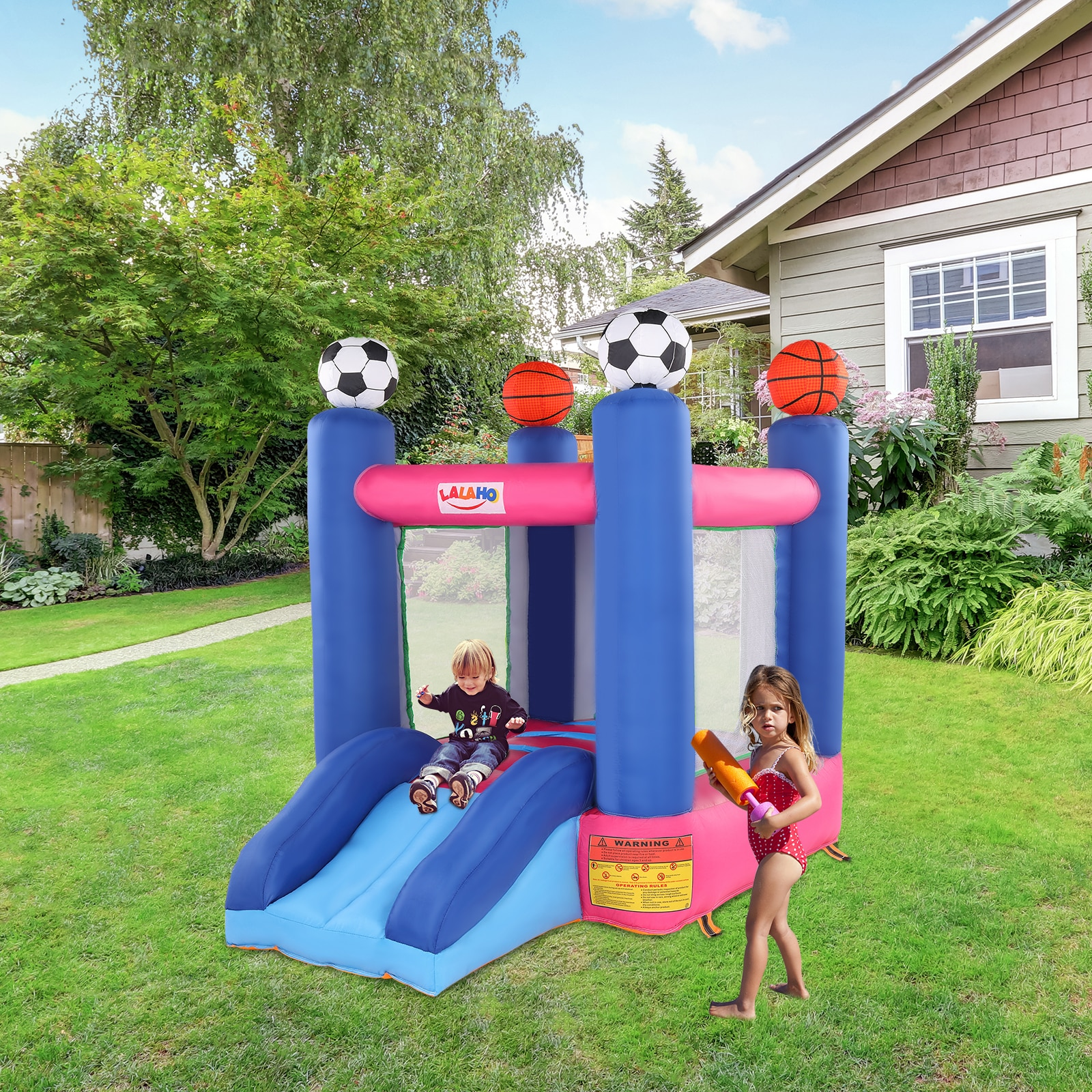 Надувные прыжки горка батут замок включают в себя воздуходувка баскетбольное кольцо шары открытый сад вечерние с изображением популярной ...