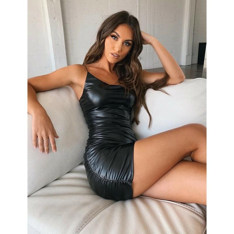 Vestido Sexy de piel sintética para mujer, traje ceñido elástico con tirantes finos, vestido de noche para fiesta y Club, Mini vestido ceñido en la cadera sin mangas