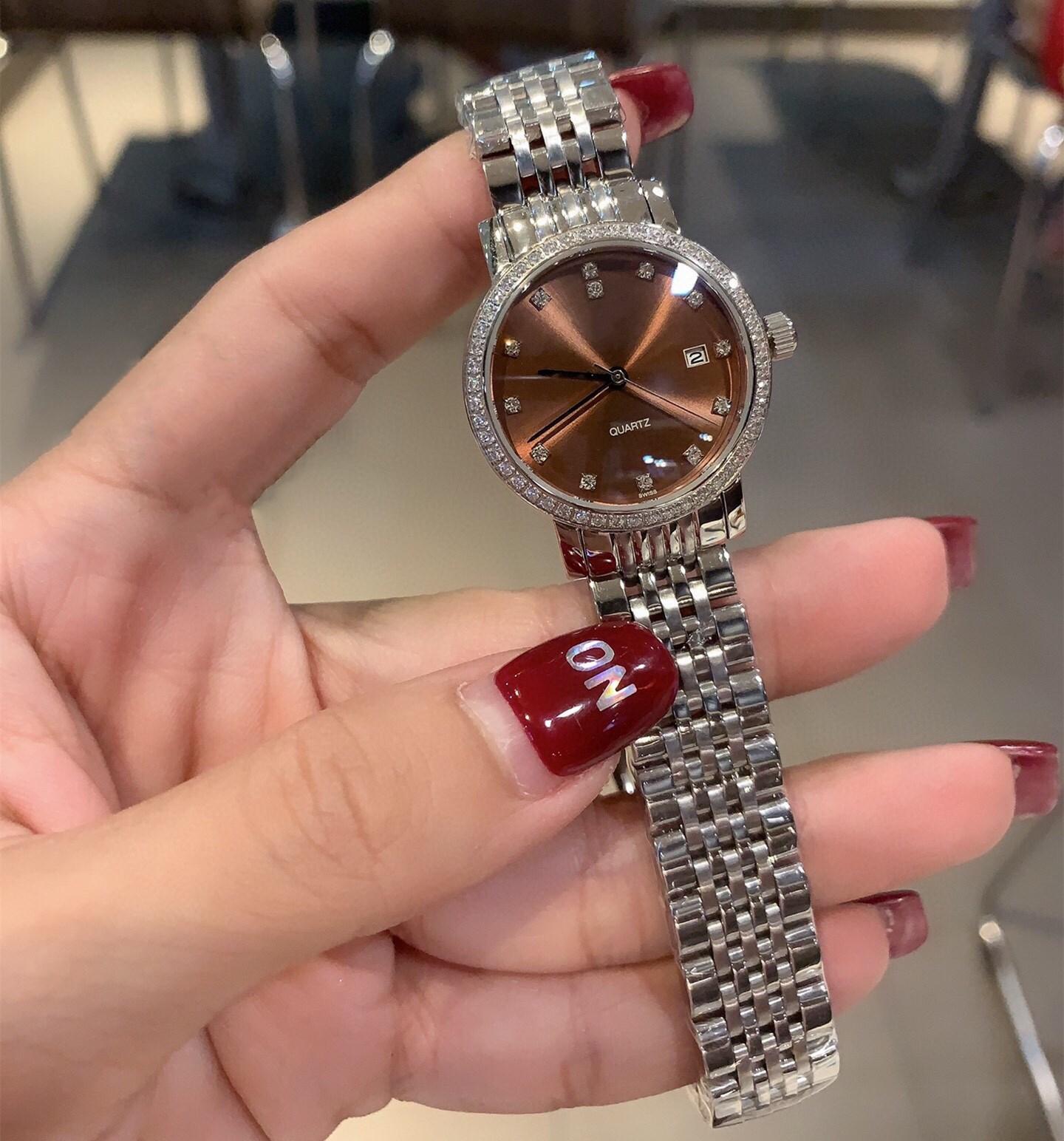 Classic Women Stainless Steel geometric Date watches Luxury Casual diamond Quartz Wristwatch Ladies Rhinestone Bracelet 30mm enlarge