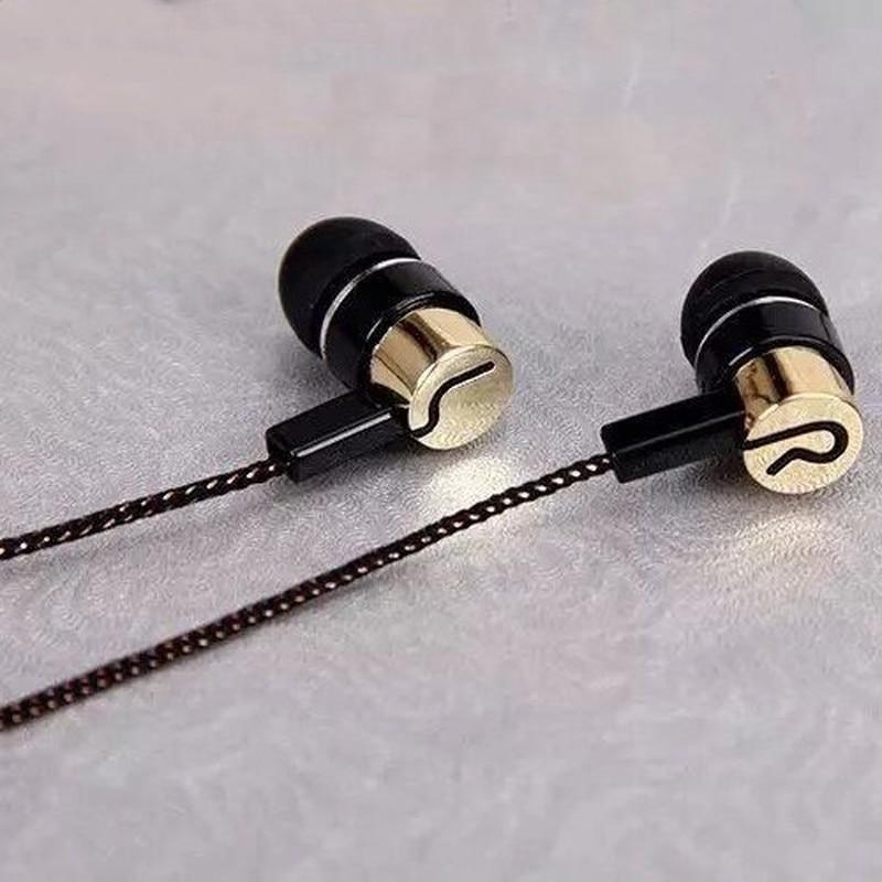 Earphones Sports Running Noise Isolating Stereo 1.1M In-Ear 3.5mm Media Player Music Earphone Stereo