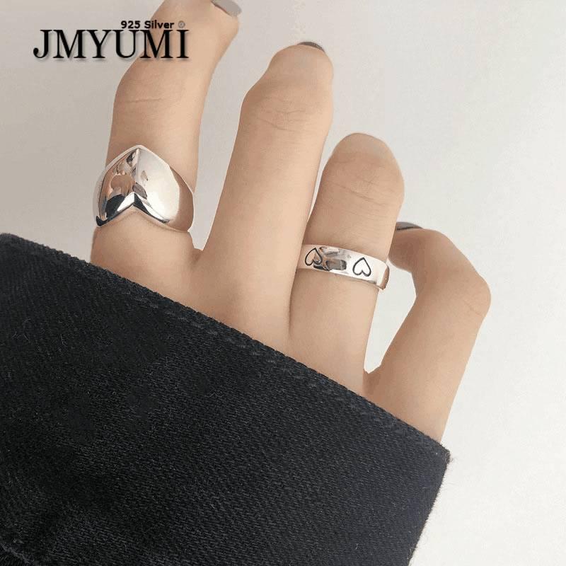 Женское-кольцо-из-серебра-925-пробы-с-гладким-сердечком
