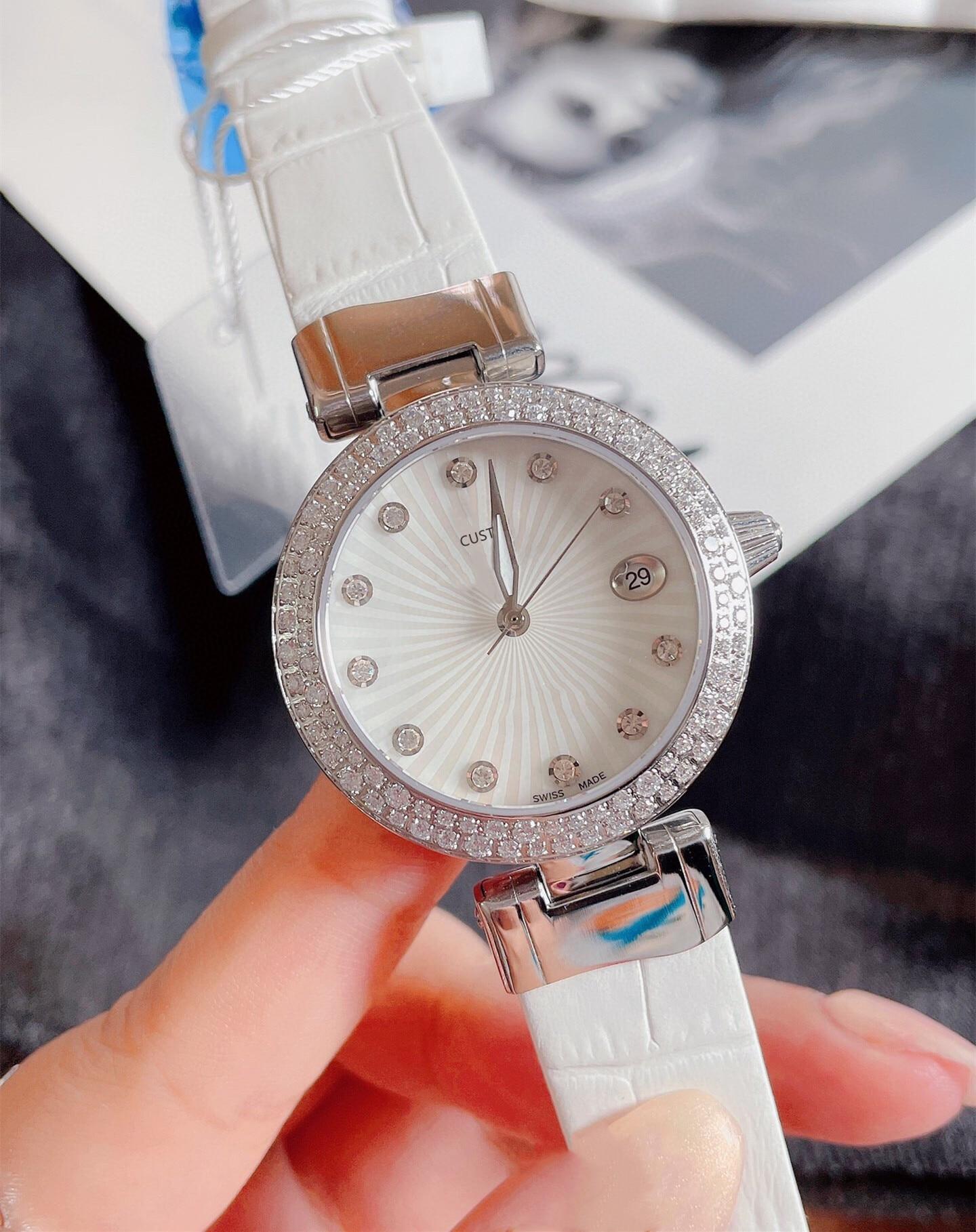 Fashion Geometric Round Diamond Strap watches Women Silver White Stainless Steel Quartz watch Ladies Mother of pearl Clock 35mm