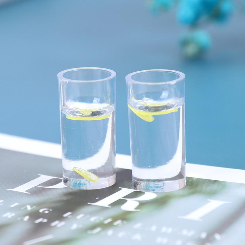 2 uds resina 1/12 casa de muñecas accesorios en miniatura decoración Mini limón agua taza de simulación vaso para limonada beber perla té de la leche juguete
