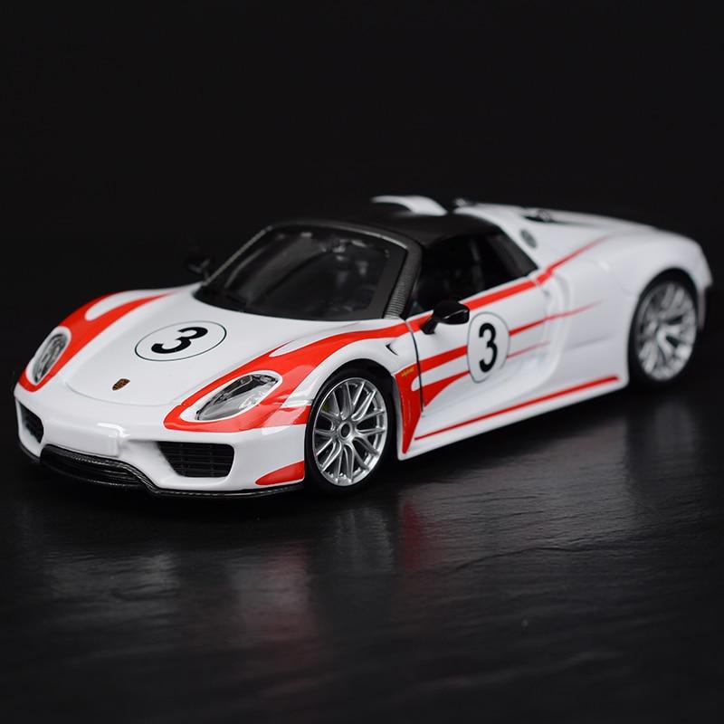Bburago 124 918 Weissach Sports Car Static Simulation Diecast Alloy Model Car