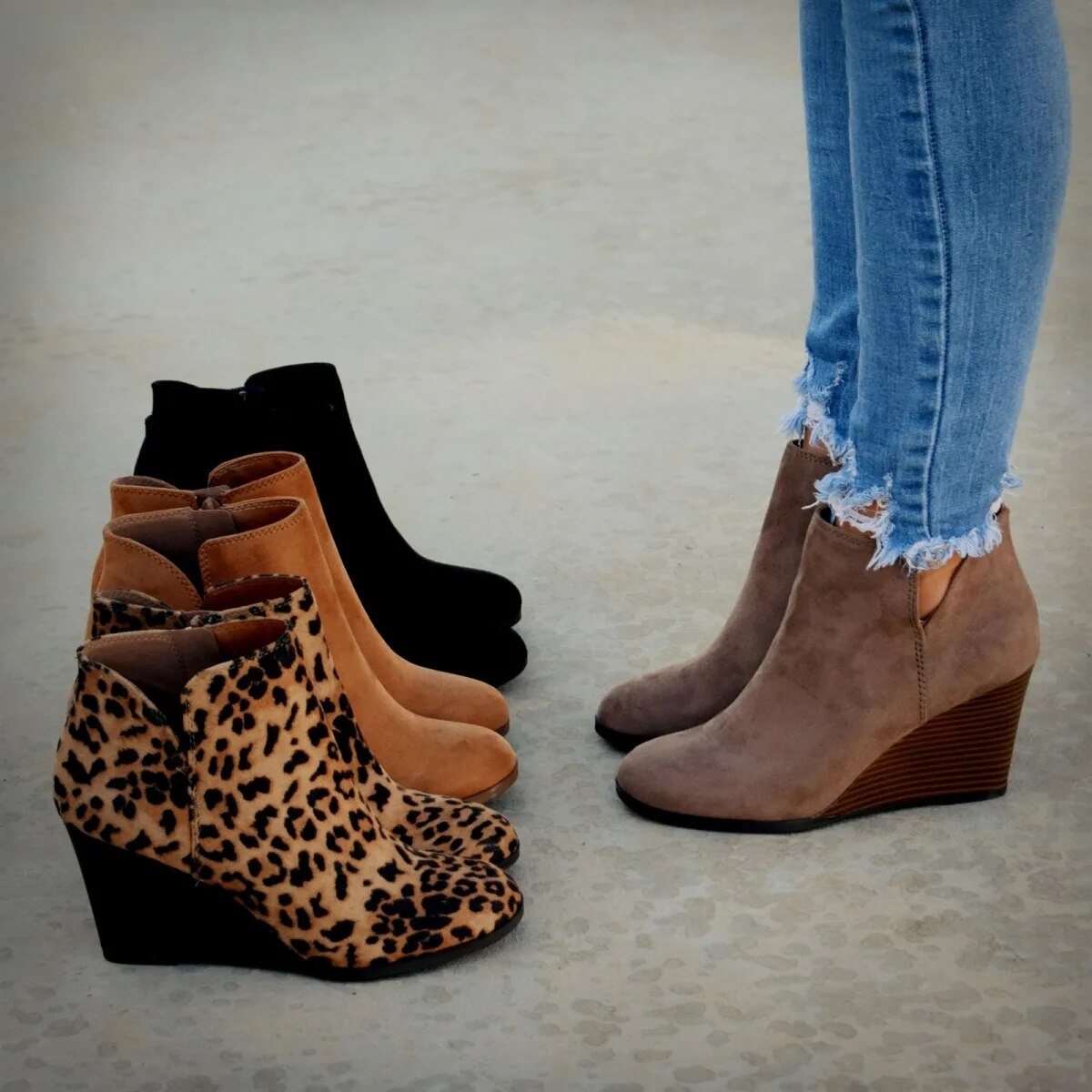 Fashion Short Boots Winter Women Leopard Ankle Boots Lace Up Footwear Platform High Heels Wedges Shoes Woman Bota Feminina