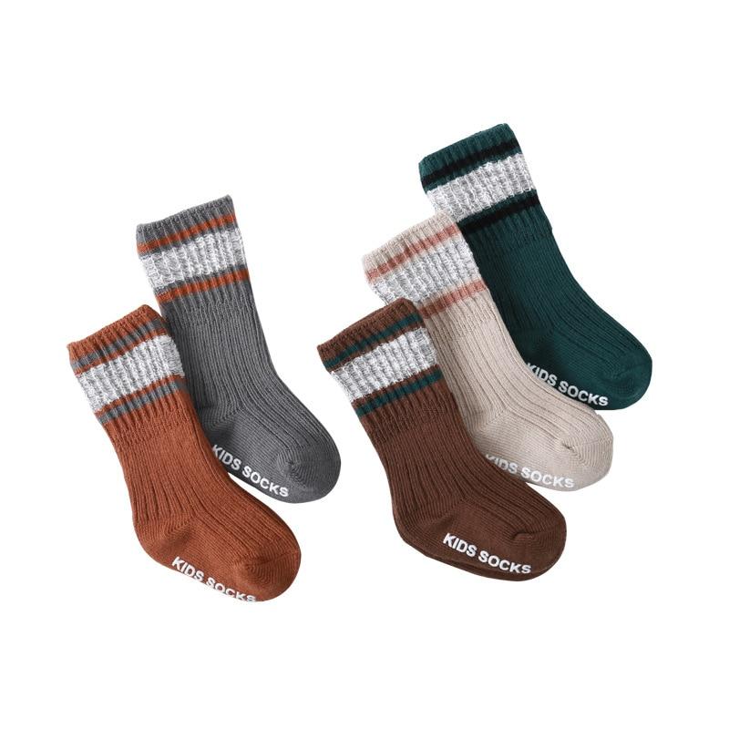 Recién Nacido bebé antideslizante calcetines de rayas Simple Hing Calcetines niños calcetines Accesorios de ropa de niño antideslizante calcetines en tubo