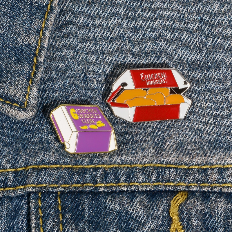 Insignias de dibujos animados, lindos broches de gallina fritos para mujeres, carta, pepitas de pollo, esmalte, Pin, accesorios divertidos de comida rápida de vaquero