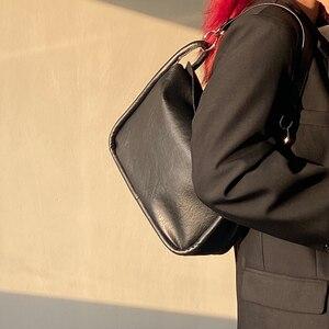 Vintage Baguette Women Messenger Bags Fashion Design PU Leather Ladies Armpit Shoulder Bag Female Purse Handbags Bolsos Mujer