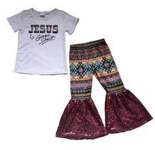 طفلة تصميم جديد لباس أبيض يسوع رسالة قميص خمر بوهو نمط الترتر جرس جرس السراويل الاطفال ملابس بوتيك مجموعة الأطفال
