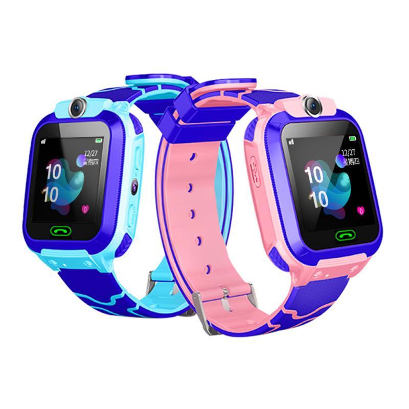 Q12b crianças relógio de pulso inteligente rastreador anti-perdido sos chamada de voz para android ios seguro s9 crianças relógio inteligente relógio de segurança do estudante
