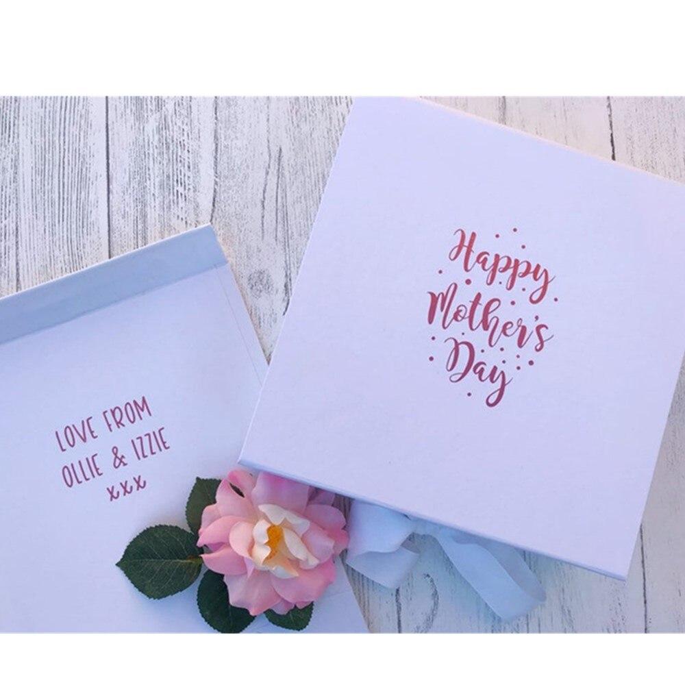 صندوق هدايا عيد الأم الشخصي ، علبة هدايا مخصوصة للأم مع رسالة داخل الأطفال ، صندوق هدايا أبيض ووردي