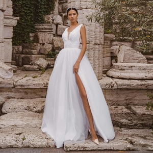 Sleeveless Wedding Dress 2020 Lace Appliques Wedding Gowns Bridal Dresses Tulle V Neck vestido de noiva Custom Made New
