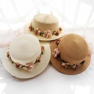 New Parent-child Summer New Sun Hats For Women Bucket cap beige lace Bowknot Flowers Ribbon Flat top Straw Hat Beach Caps Panama
