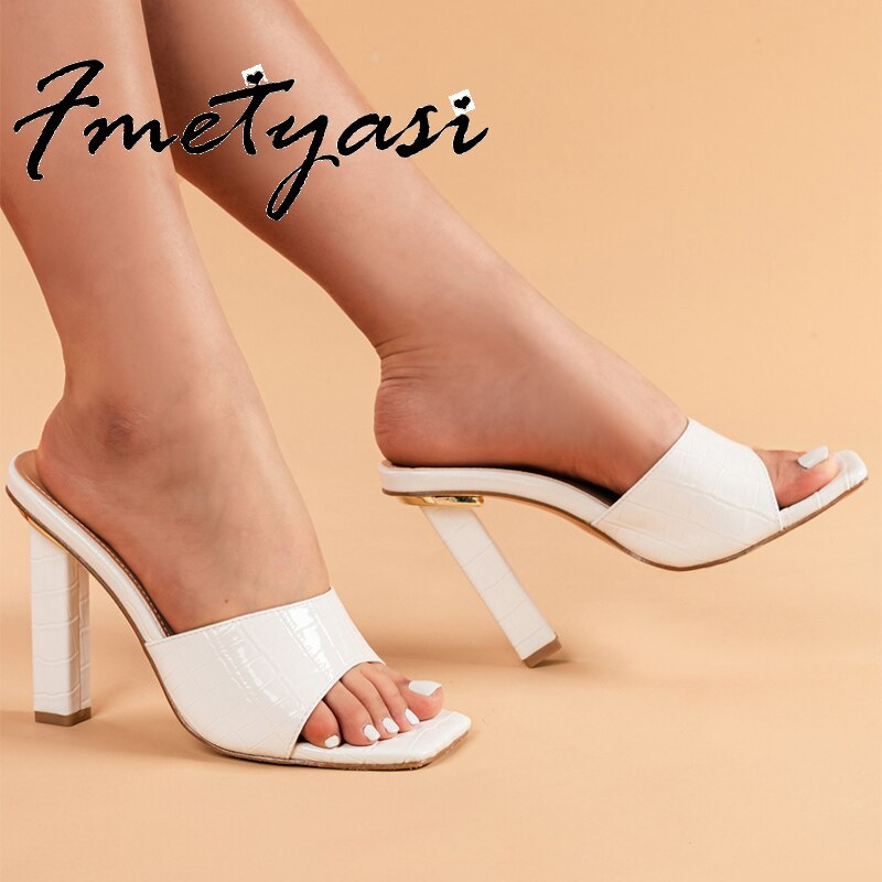 Woman Pumps Sandals Summer Fashion Height Increasing Snake Print Patent Leather Slides Block Heels Peep Toe Party Slip-on