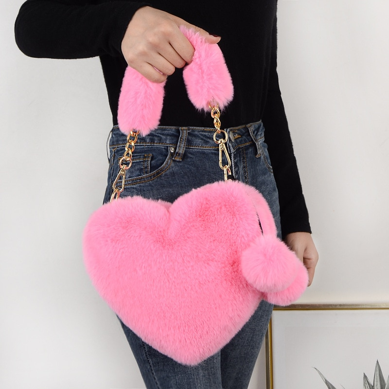 Faux Fur Winter Women Handbags Cute Plush Ladies Heart Shaped Shoulder Bag Cute Female Clutch Purse Love Handbags Messenger Bag