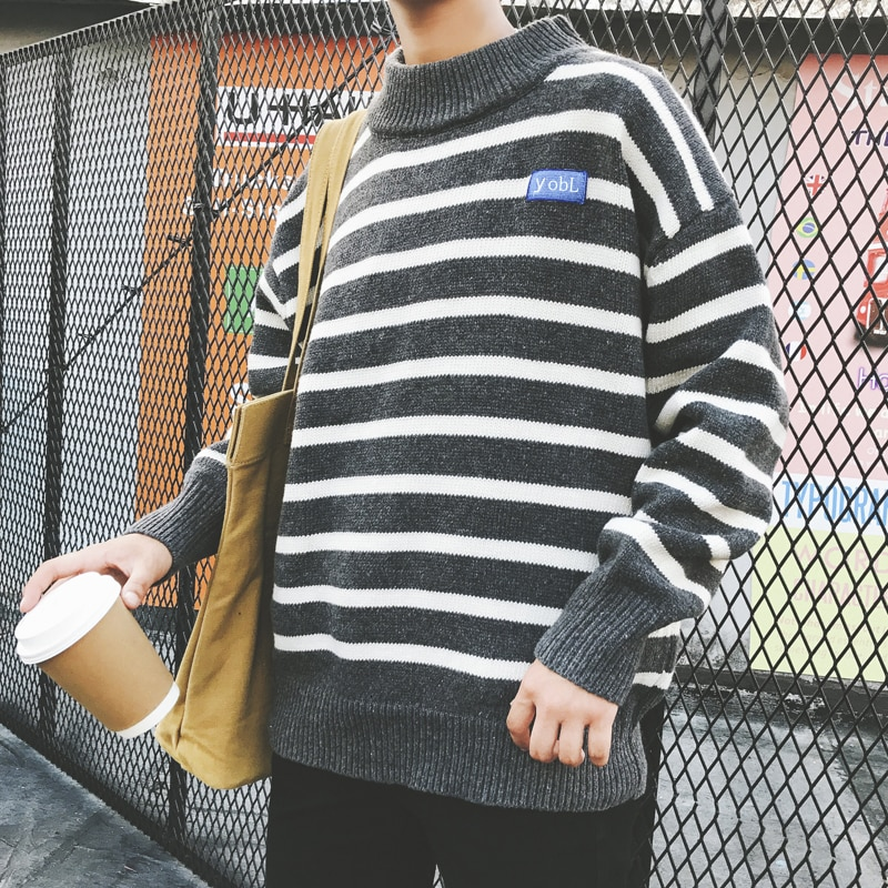 UYUK New V-collar Casual Fashion Pullover Stripe Contrast Color Student Base Loose Versatile Knit Men's Sweater Hombre