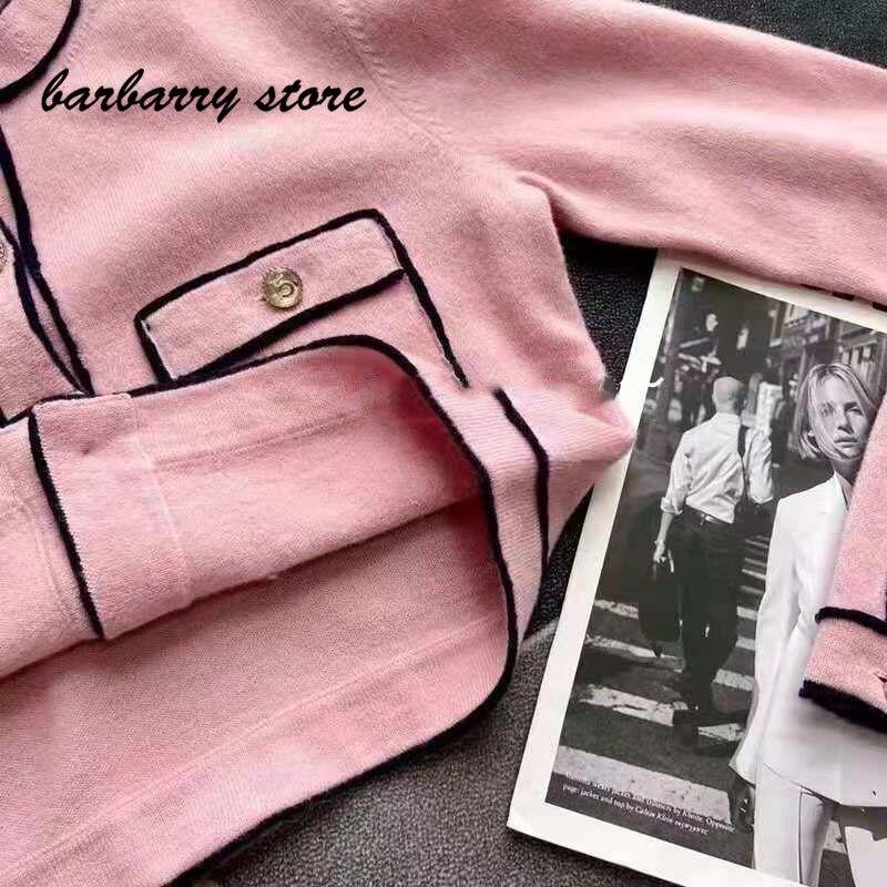 2021 luxury design color blocking printing fashion women's top versatile round neck single breasted long sleeved wool cardigan enlarge
