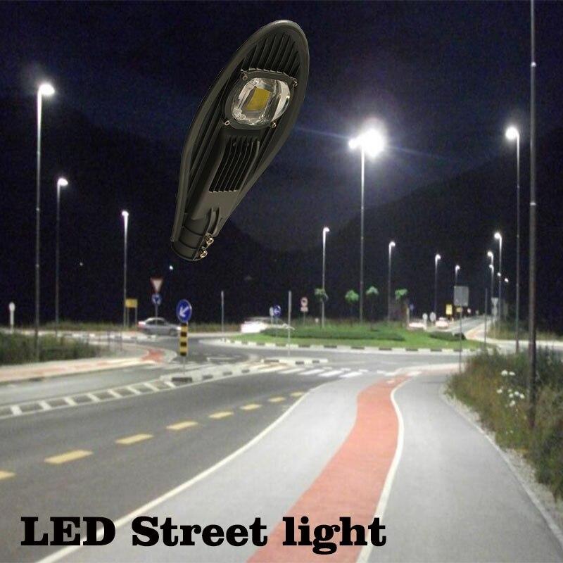 luzes de rua lâmpada estrada à prova