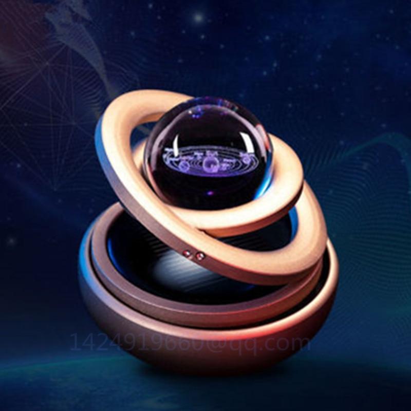 Créativité voiture décoration énergie solaire voiture aromathérapie rotatif suspendu boule cadeau danniversaire métal à collectionner modèle jouet R127