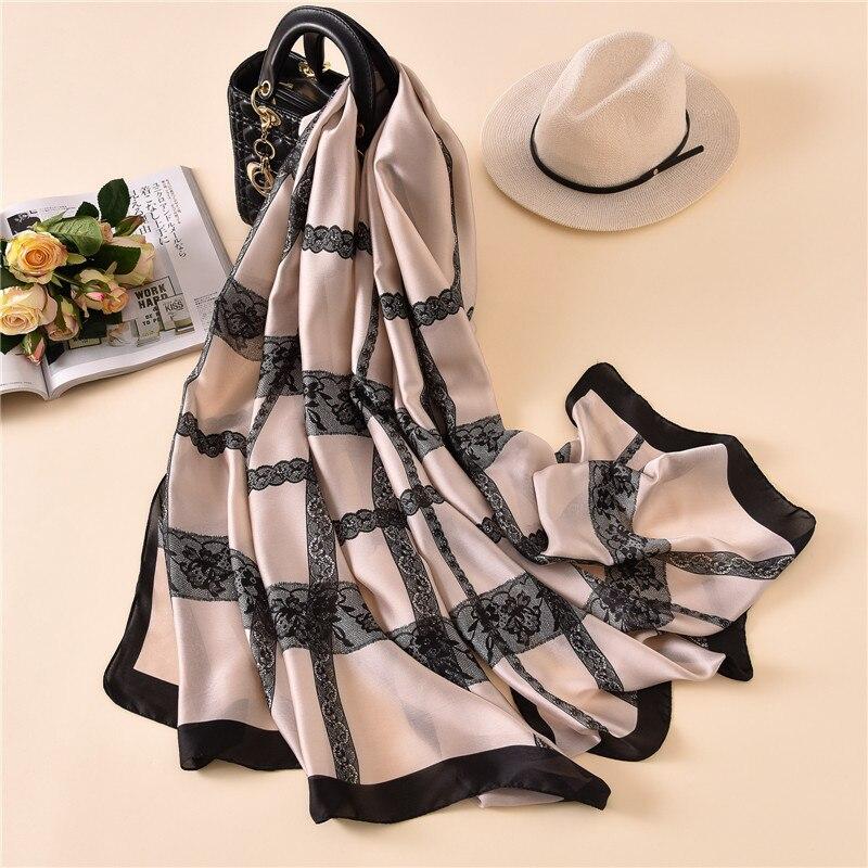 Nuevo estilo de lujo de marca de otoño e invierno de las mujeres de moda de impresión de celosía protector solar de seda bufanda de señora Popular pañuelo de cabeza playa chal