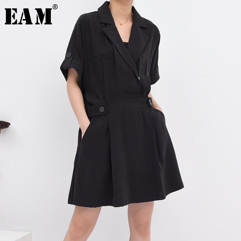[EAM] minivestido negro plisado de talla grande para mujer, minivestido holgado de media manga con solapa nueva a la moda, temporada primavera-verano 2020 1W97301