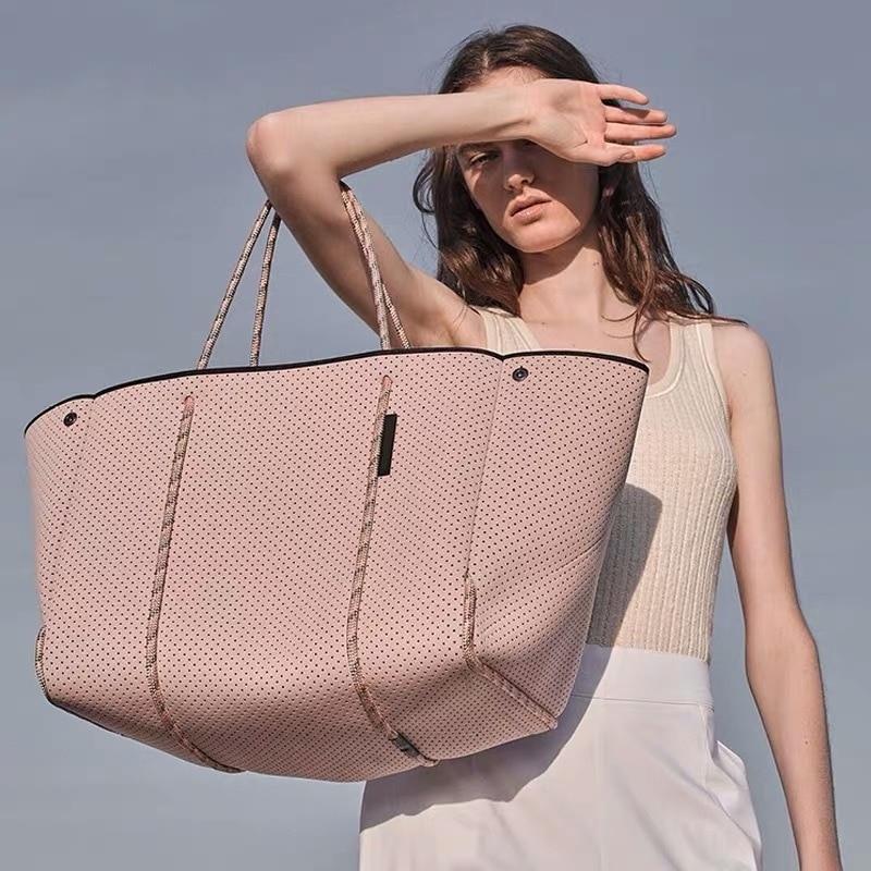 Hot Sale New 2021 Handbags Hollow Shopping Bag Casual Tote Bag Female Soft Big Bag Slung Shoulder Bag New Large handbags