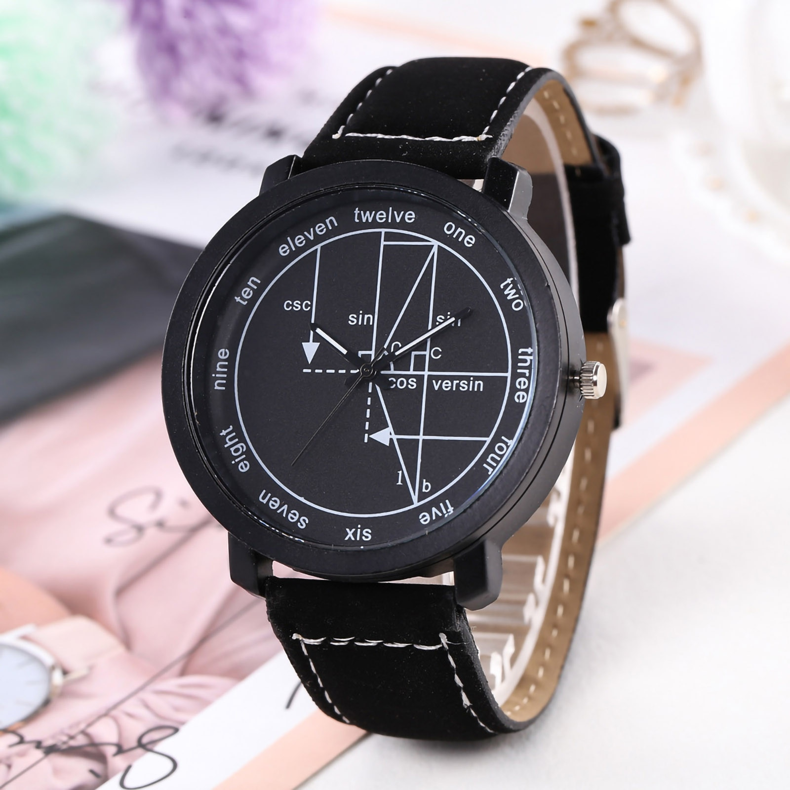 Watch For Women Scale Geometric Dial Leather Strap Men And Women Casual Fashion Ladies Quartz Watch