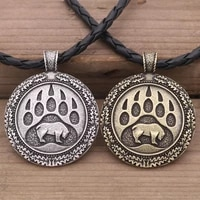2020 new retro style stainless steel bear paw round necklace mens fashion trend roaring bear print pendant necklace