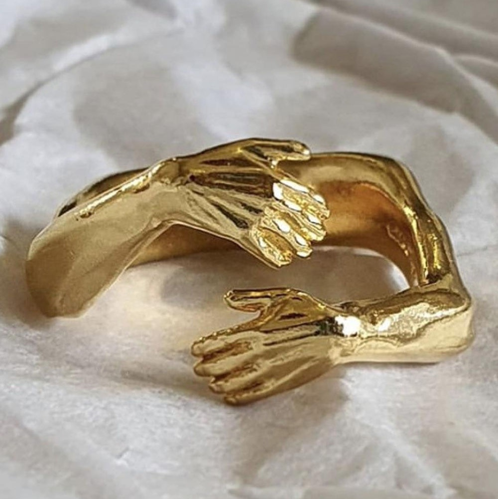 Retro Color Romantic Love Embracing Carving Rings For Men and Women Love Eternal Adjustable Ring Female Fashion Jewelry Gift