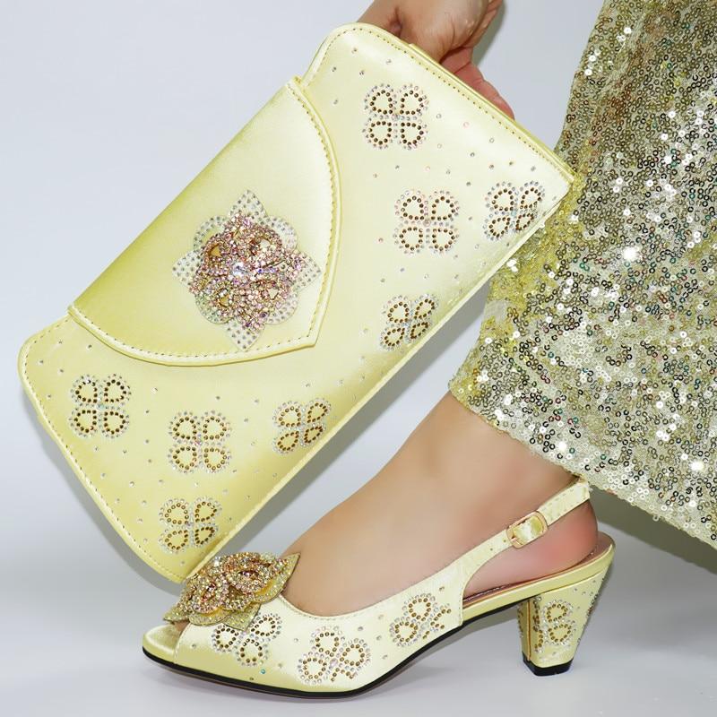 موضة حجر الراين أحذية امرأة ومجموعة حقيبة مطابقة النمط الأفريقي 2021 الصيف تصميم جديد الأحذية وحقيبة مجموعة لحفل الزفاف