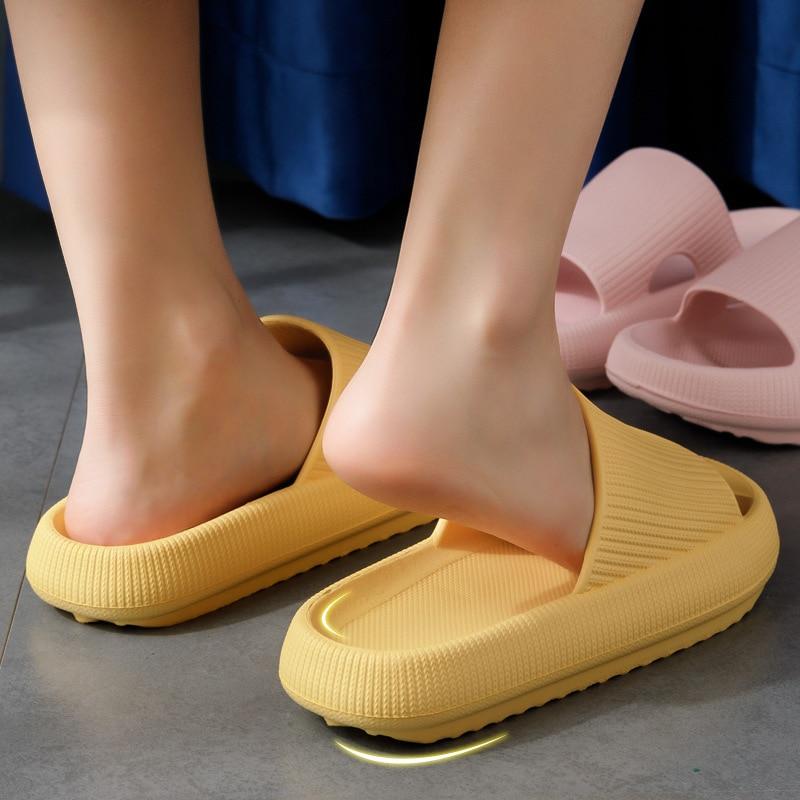 VIP link Women Men Indoor Bathroom Slippers