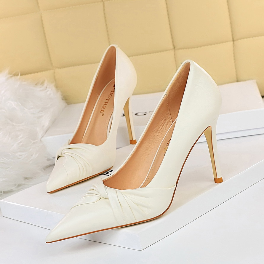Spring Female Feasts Korean edition Pointed head Solid color Shallow mouth Lose weight High heels