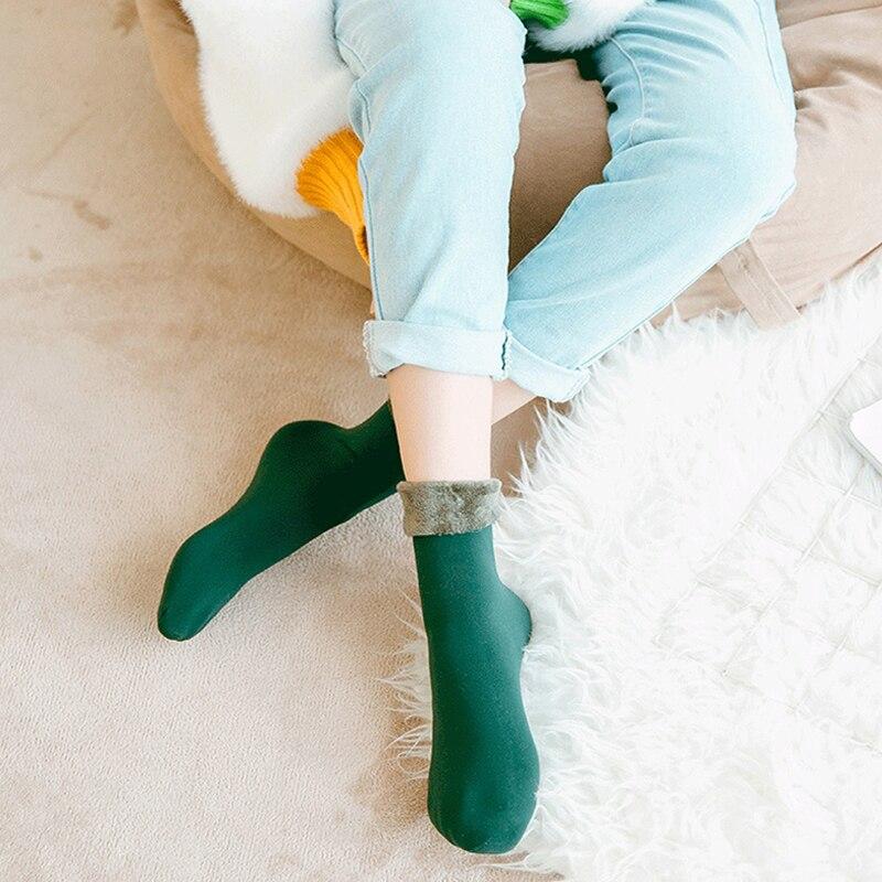 3 pares de calentadores de invierno para mujer, calcetines térmicos gruesos de lana Cachemira nieve, botas de terciopelo sin costuras, calcetines para dormir