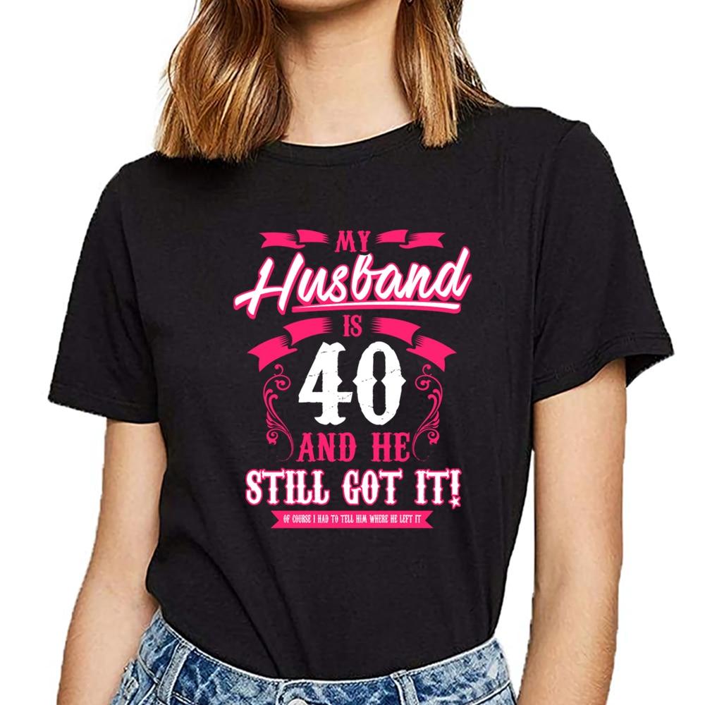 Tops camiseta mujer cumpleaños mi marido es 40 Kawaii inscripciones camiseta femenina personalizada