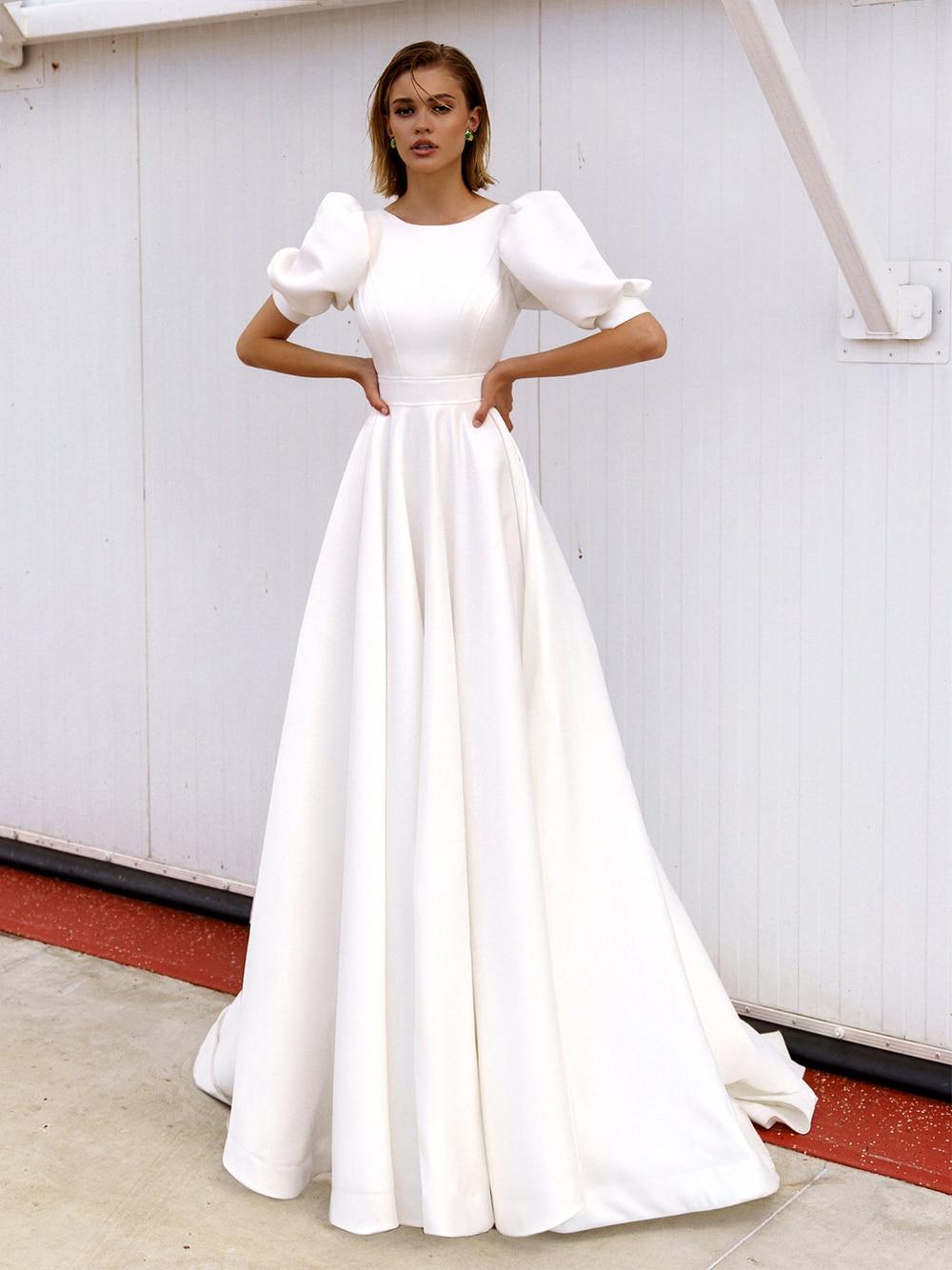 Satin Short Lantern Sleeves Wedding Dress Simple Round Neck Waist Cinching Minimalist Mini Bridal Gowns Hollow Back Buttons 2021