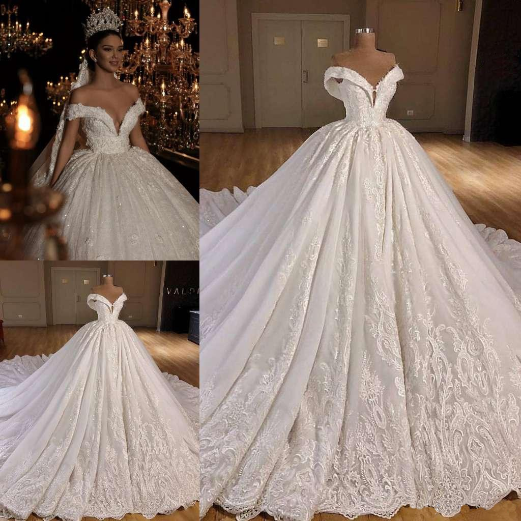 Vintage Bride Dresses Ball Gown Off The Shoulder Appliques Deep V-neck Floor Length With Chapel Train свадебное платье