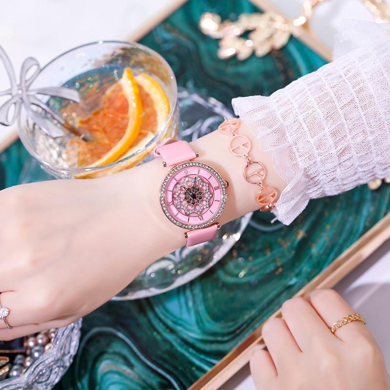 New Green Leather Belt Rotation Women Watches Fashion Flower Ladies Watch Women Casual Quartz Wristwatch zegarki damskie 2019 enlarge