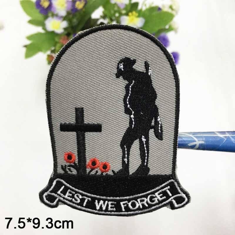 Ferro triste do soldado no remendo bordado da roupa para a roupa etiquetas vestuário acessórios do vestuário