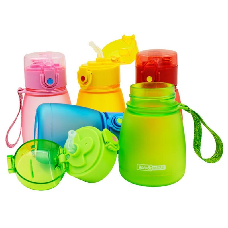 Bpa gratis 300ml niños creativo plástico mi agua portátil tetera para estudiantes de la fruta del bebé pajita de zumo Frosted botella pop-up tapa