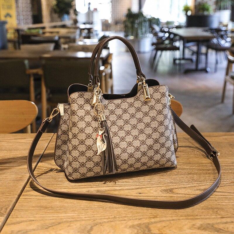 New Famous Brand Luxury Handle Bag Women 2020 Wild Vintage Fashion Print Atmospheric Handbag Ladies Shoulder Crossbody Bag