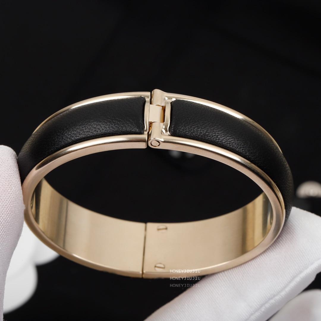 Review 2021 New Trends Sheepskin Black Bracelet For Women Europe Top Quality Designer Luxury Jewelry Original Sign Brand Bijoux