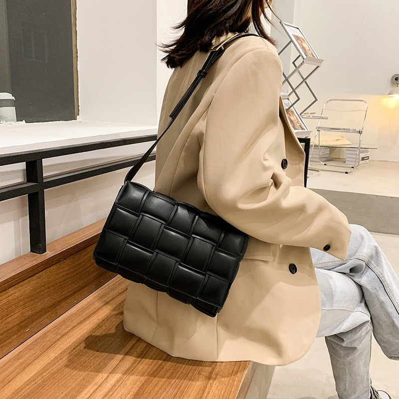 Black Flap Small Square Women's Bag High Quality Leather Crossbody Messenger Female Bags Solid Color Weave Shoulder Ladies Bag