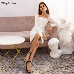 Magic Awn Vintage Short Wedding Dresses Long Sleeves Backless Simple Boho Wedding Party Gowns Cheap Robes De Mariage 2021